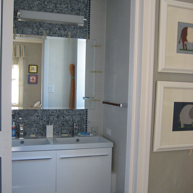 Welcome dt cabinets interior renovations inc for Bathroom cabinets in queens